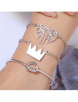 Crown Shape Silver Metal Bracelet Set for Women