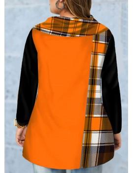 Plus Size Inclined Button Plaid Print T Shirt